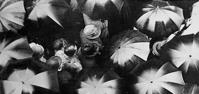 Risultati immagini per pioggia film 1929