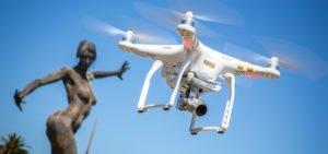 Droni con telecamera: al cinema e a casa tua. Prezzi e modelli migliori.